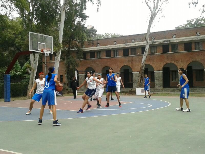 New Delhi Basketball: Results from 2013-14 BFI-IMG Reliance College Basketball League - Ekalavyas