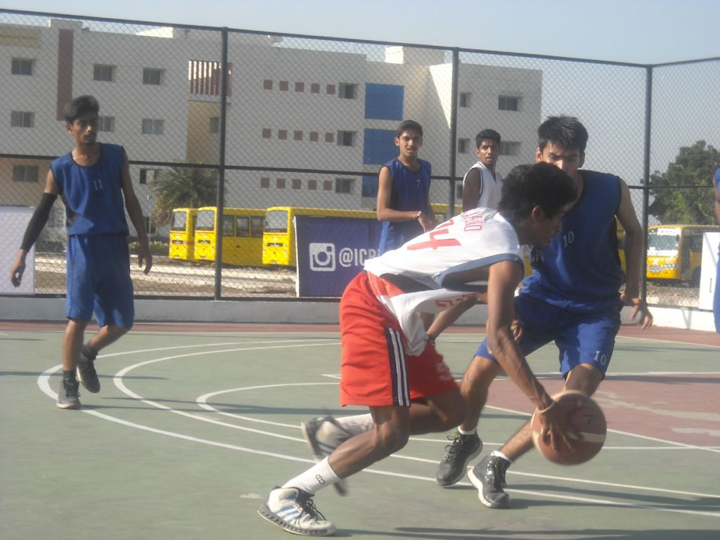 Players slug it out during the UTD vs SIMS School of Management semifinal match in the Indian College Basketball League held at IIST College, Indore.